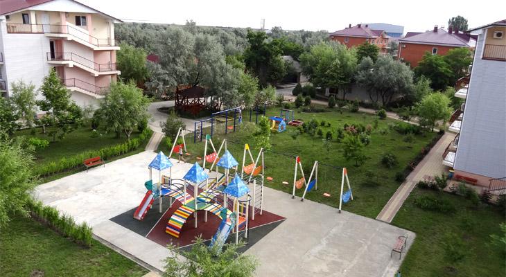 Детская площадка в пансионате НИКО